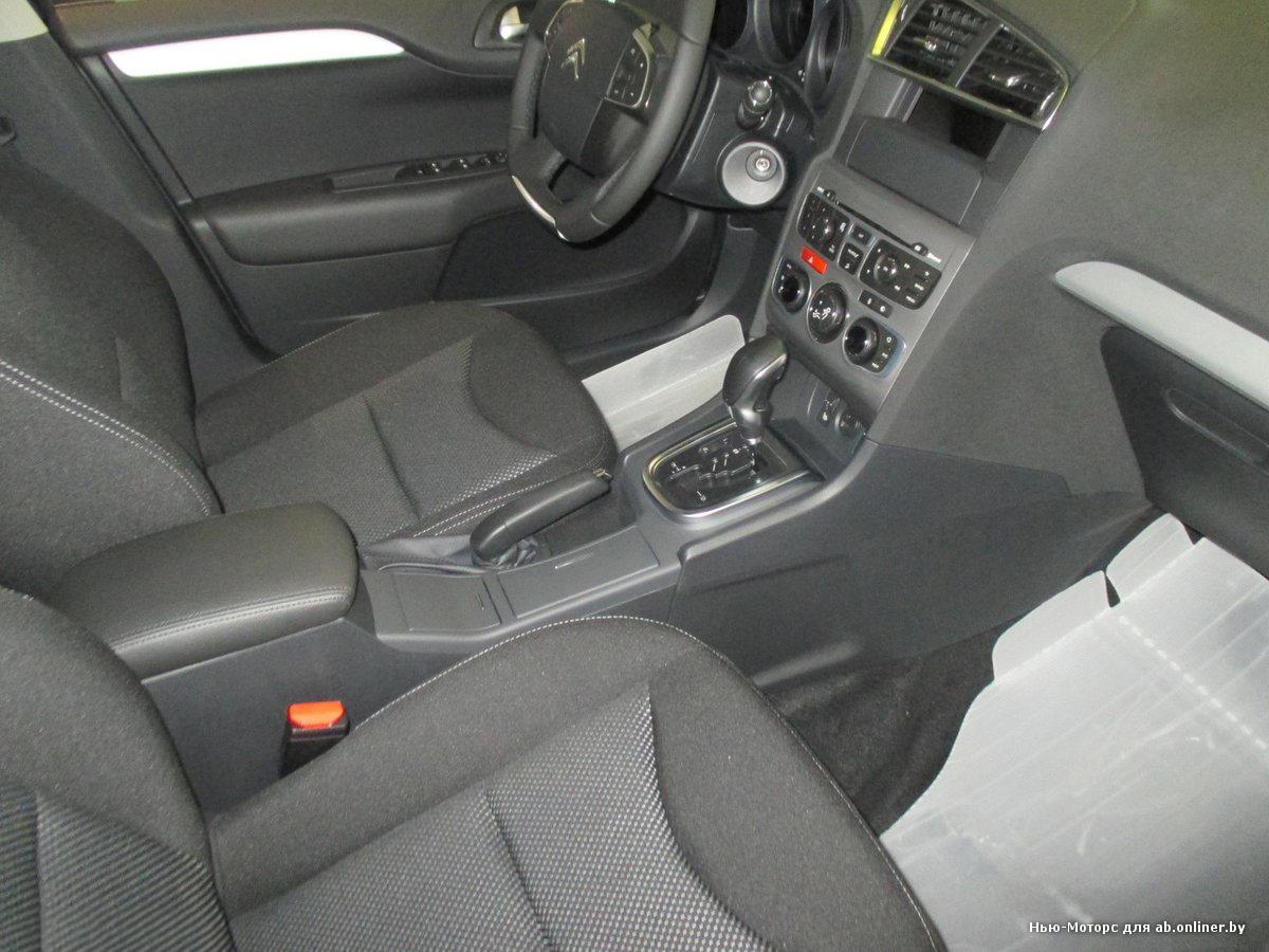 Citroen C4 Sedan Live
