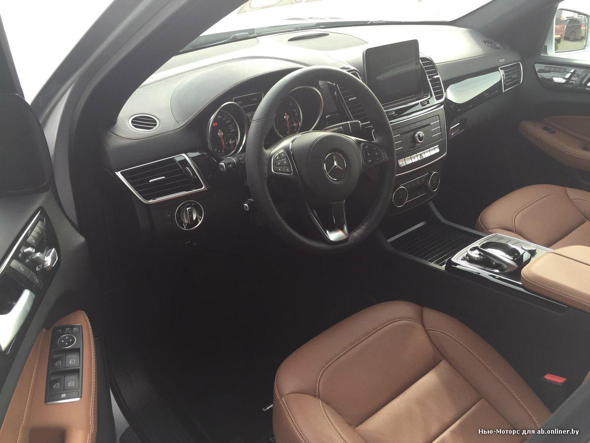Mercedes GLS500 4MATIC