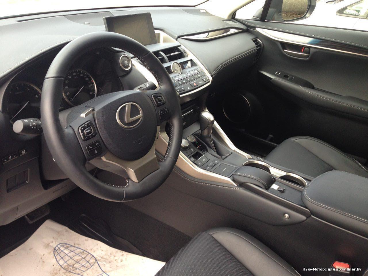 Lexus NX 200 AWD Black Vision