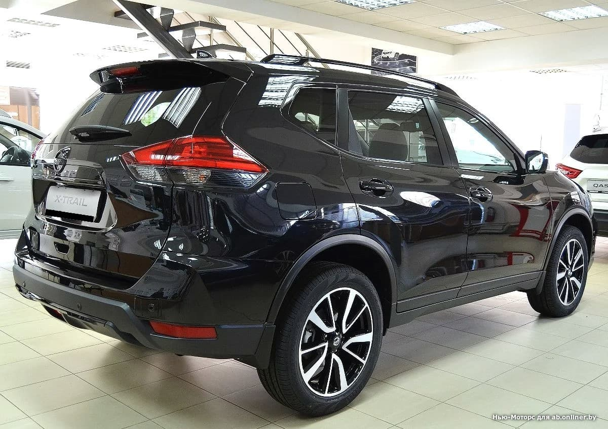 Nissan X-Trail LE Top 2.5 л. 171 л.с 4WD