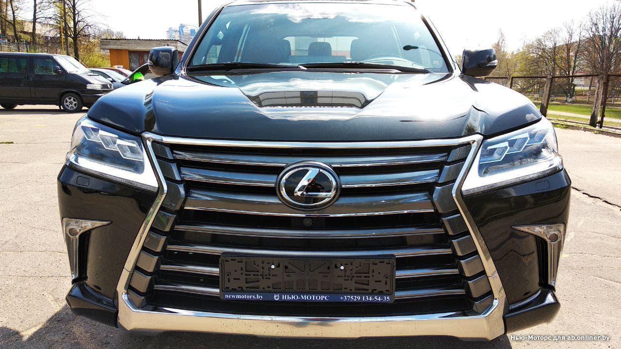 Lexus LX 570 Luxury 8S+