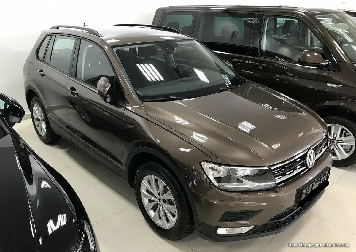 Volkswagen Tiguan CONNECT PLUS 1.4 TSI 150