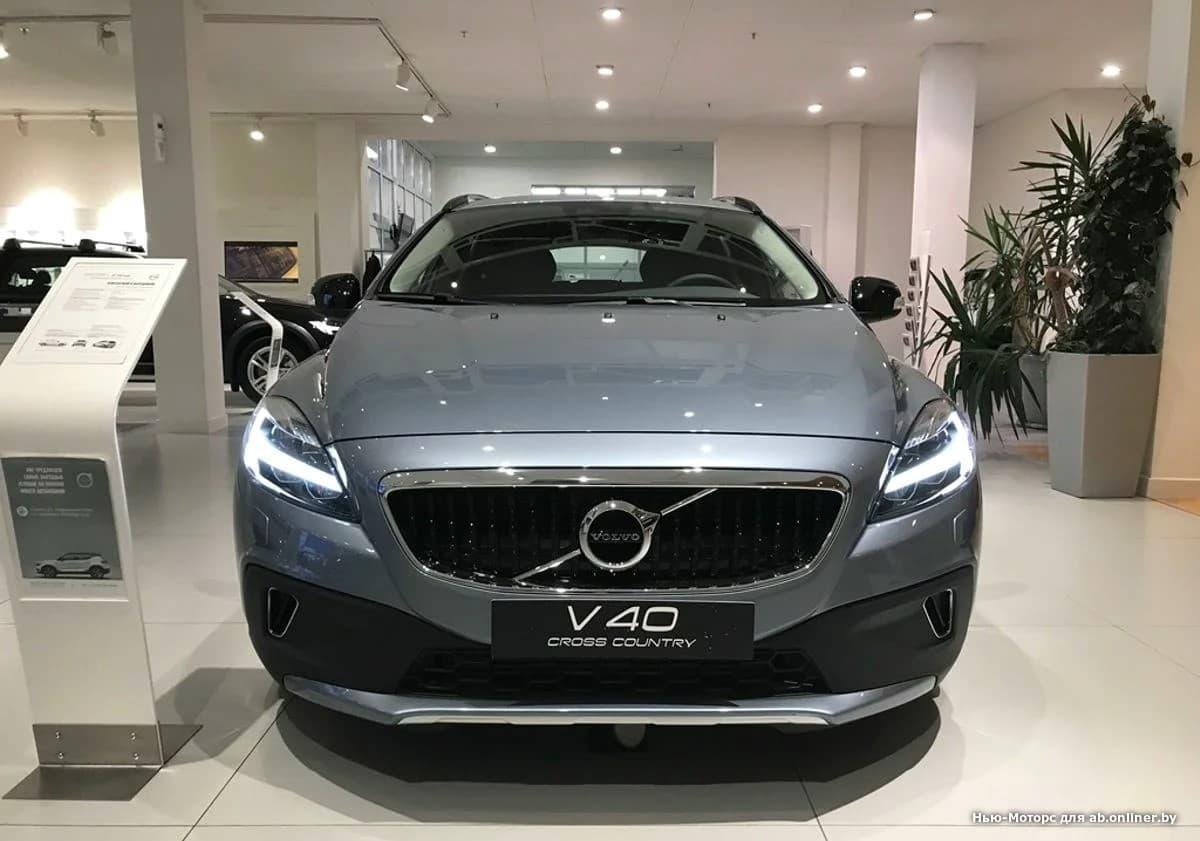 Volvo V40 Kinetic T3 Drive-E 152 л.с.