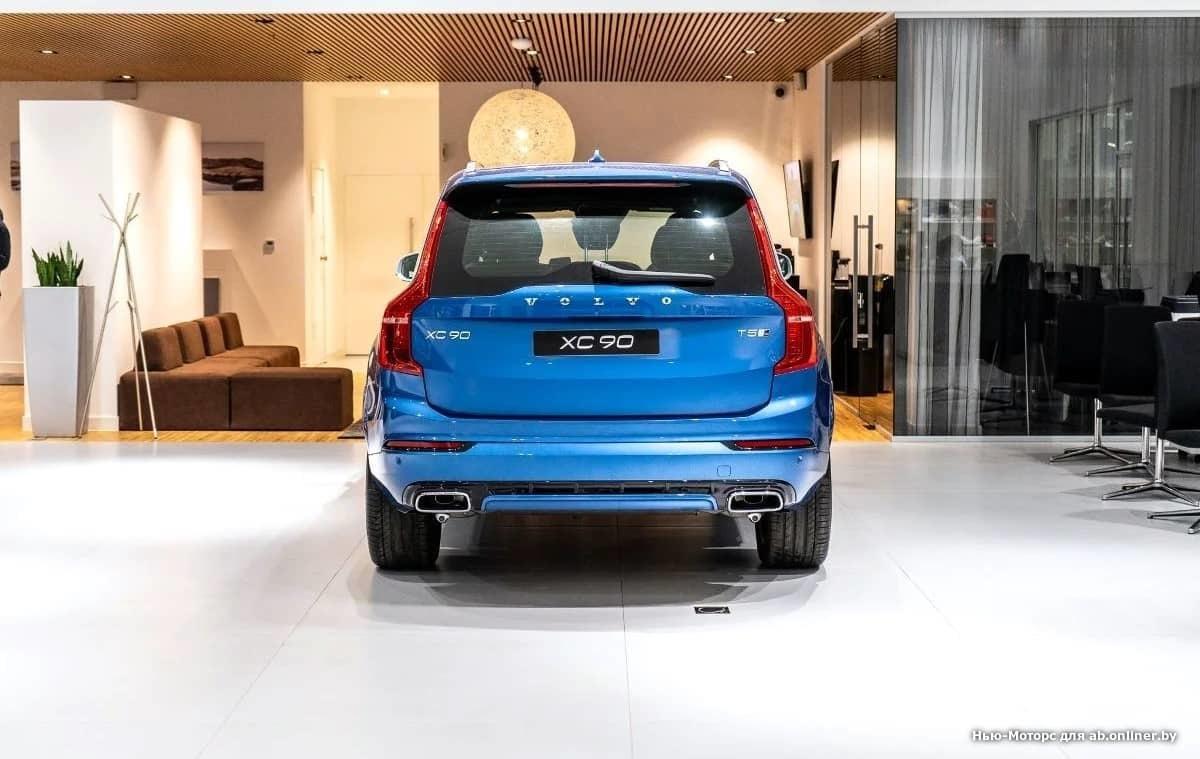 Volvo XC90 R-Design T5 AWD Drive-E 249 л
