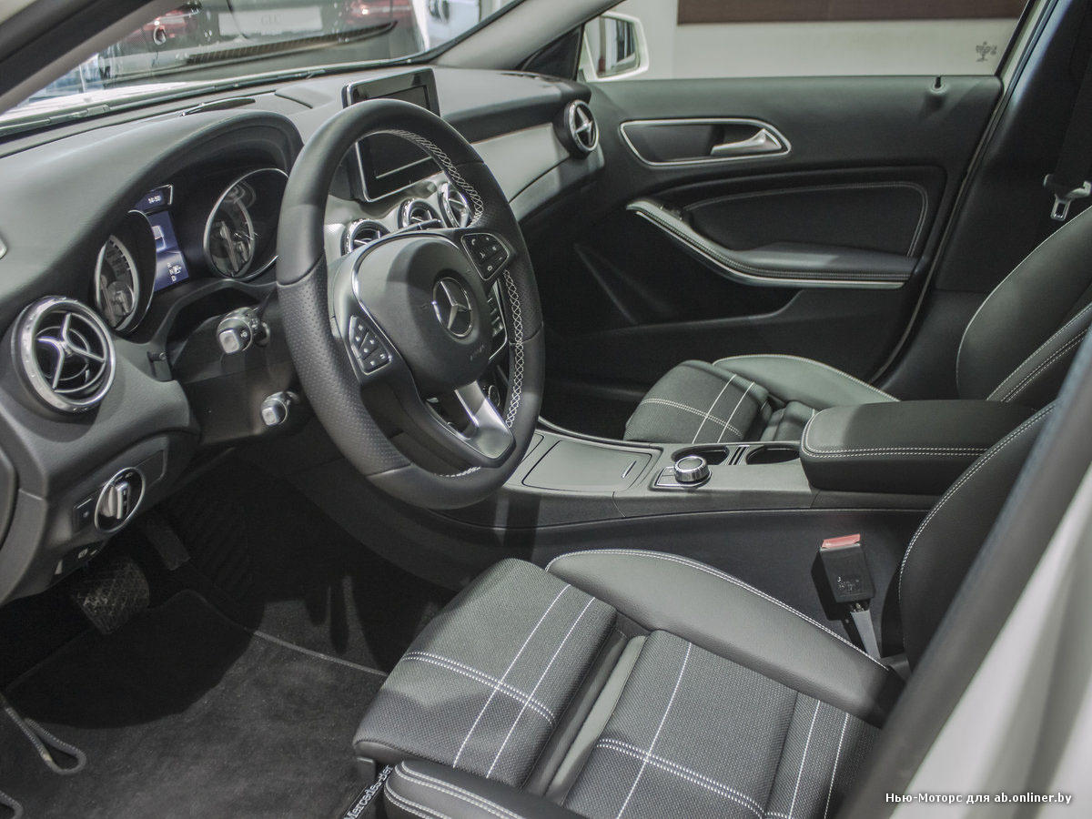 Mercedes GLA250 OS