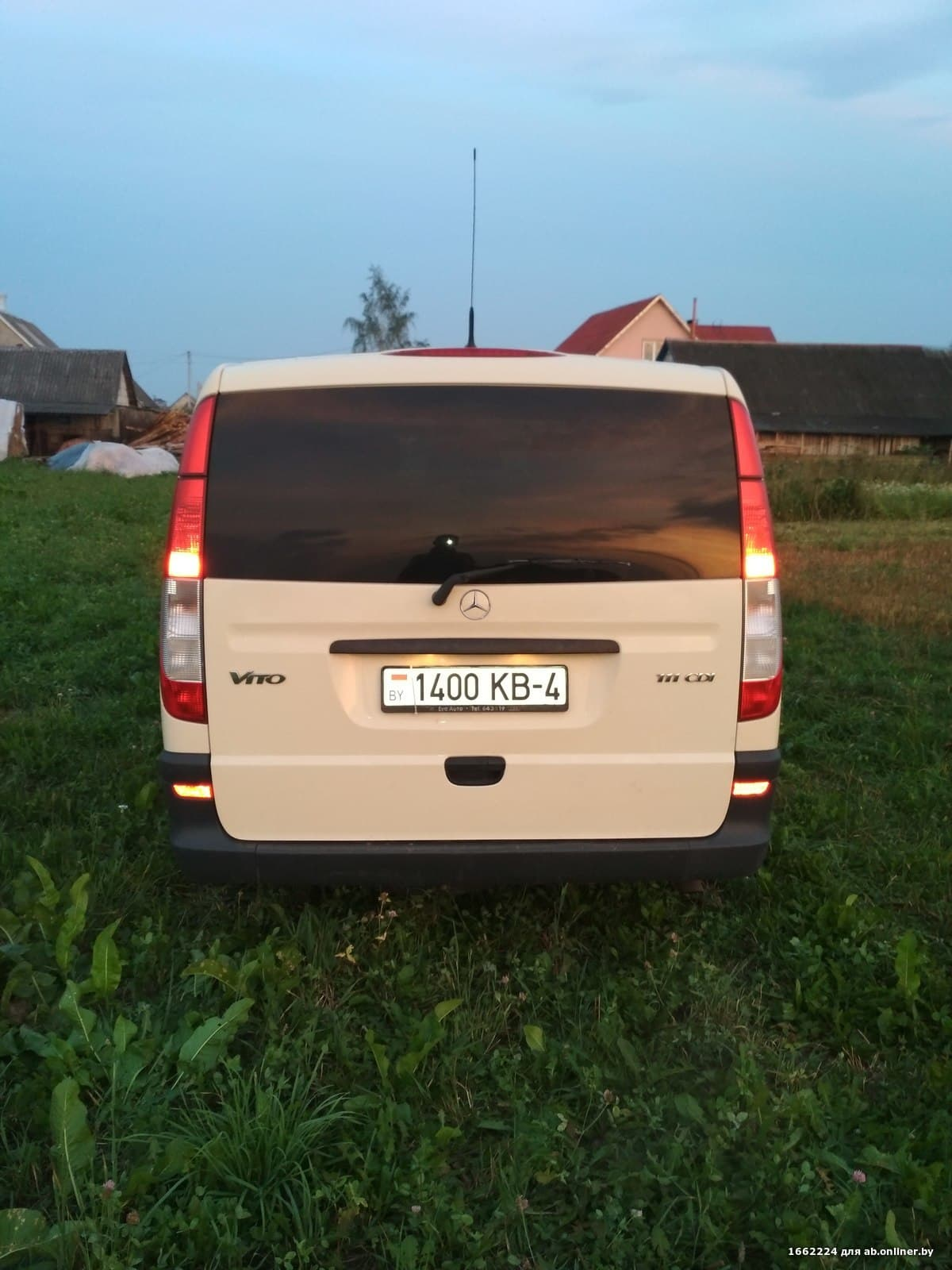 Mercedes-Benz Vito 111 Extralong