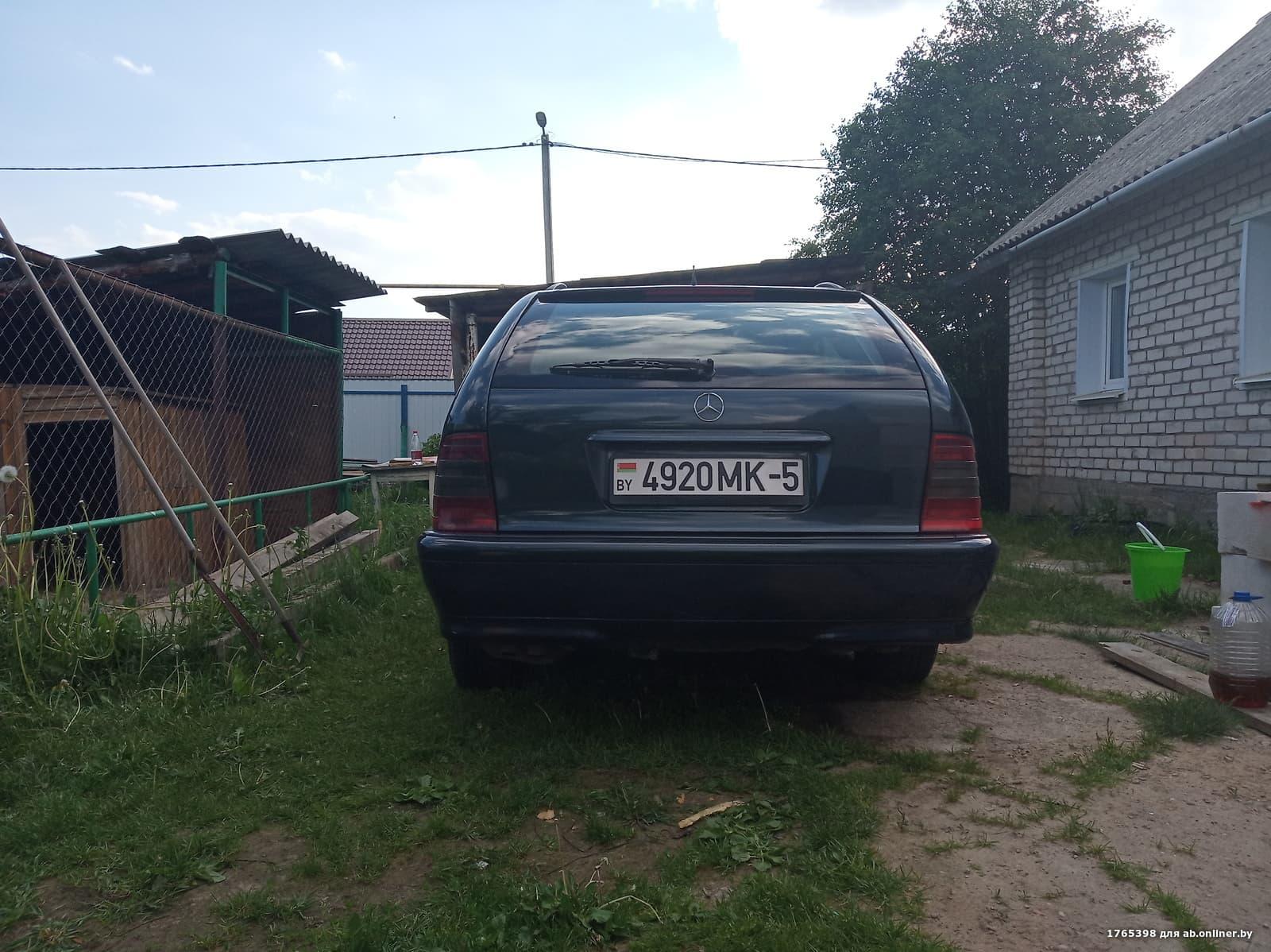 Mercedes-Benz C250 W202