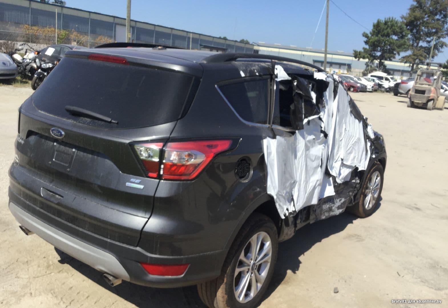 Ford Escape SE