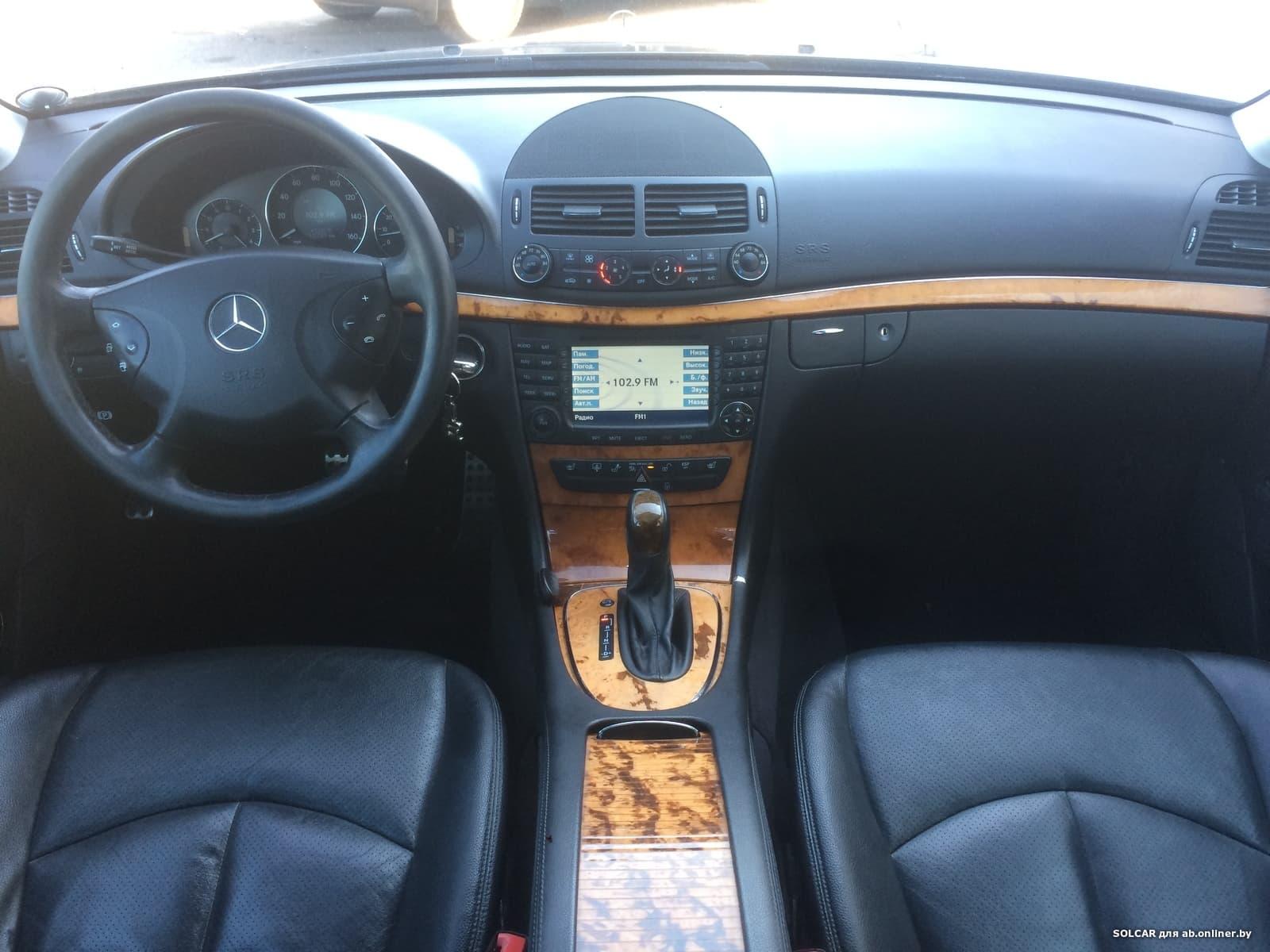 Mercedes-Benz E350 4-MATIC