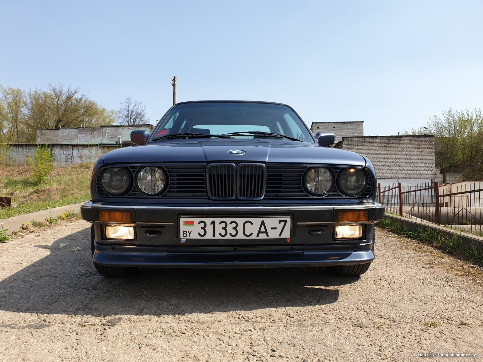 BMW 318 E30 is