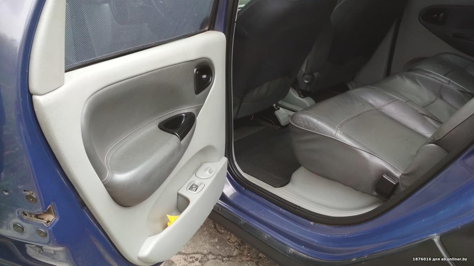 Renault Megane Scenic RX4