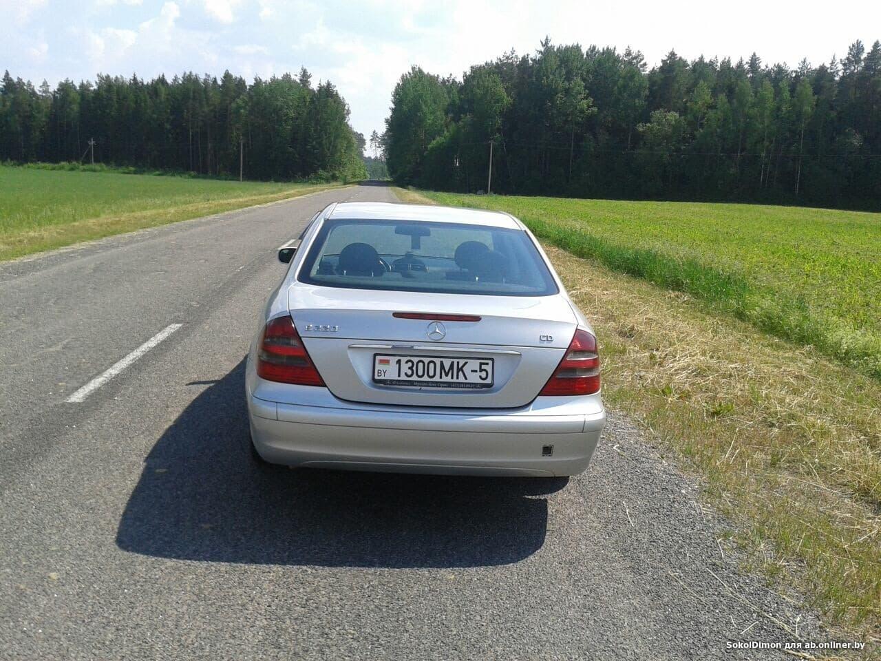 Mercedes-Benz E220 W211