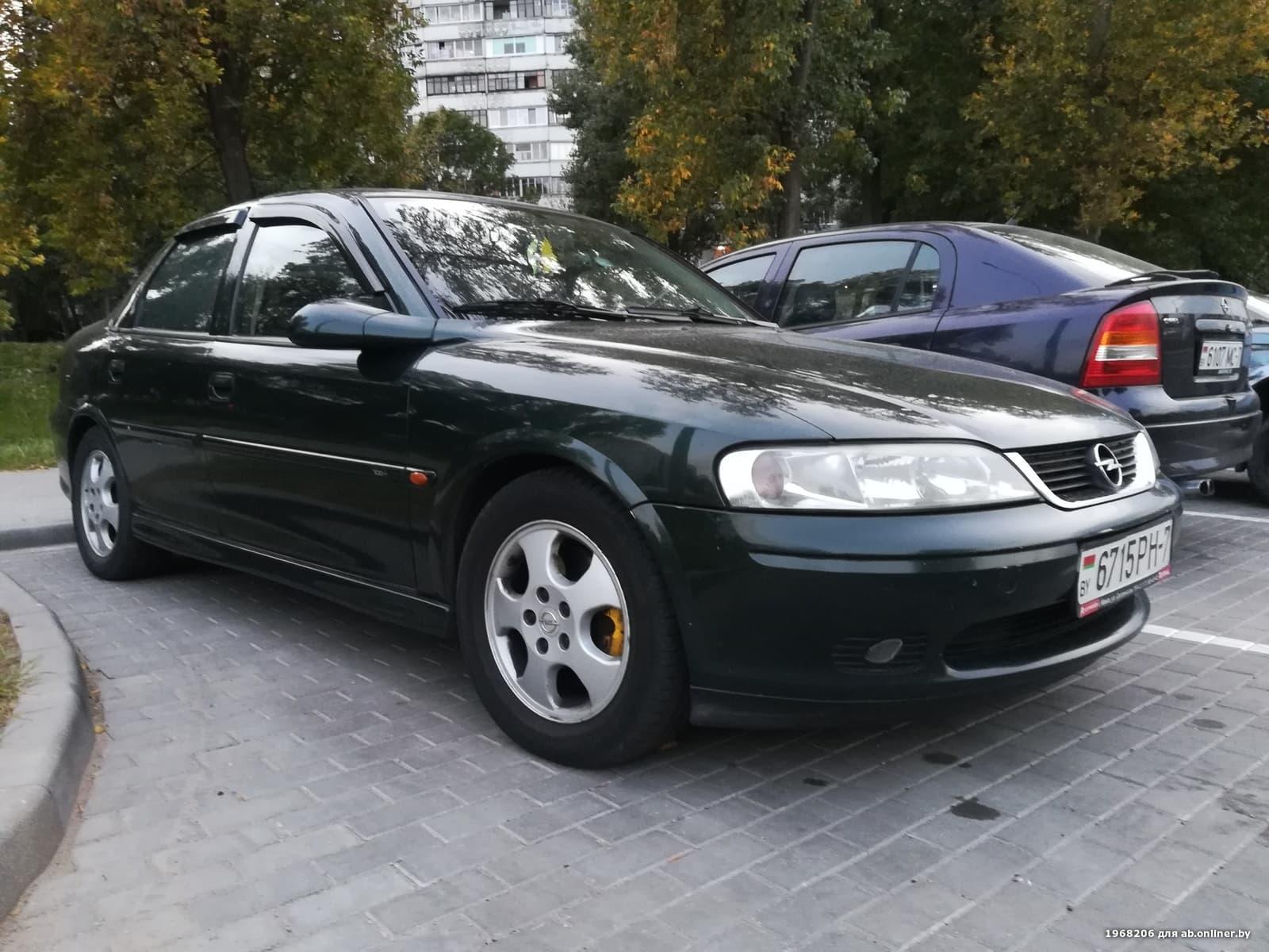 Opel Vectra 100