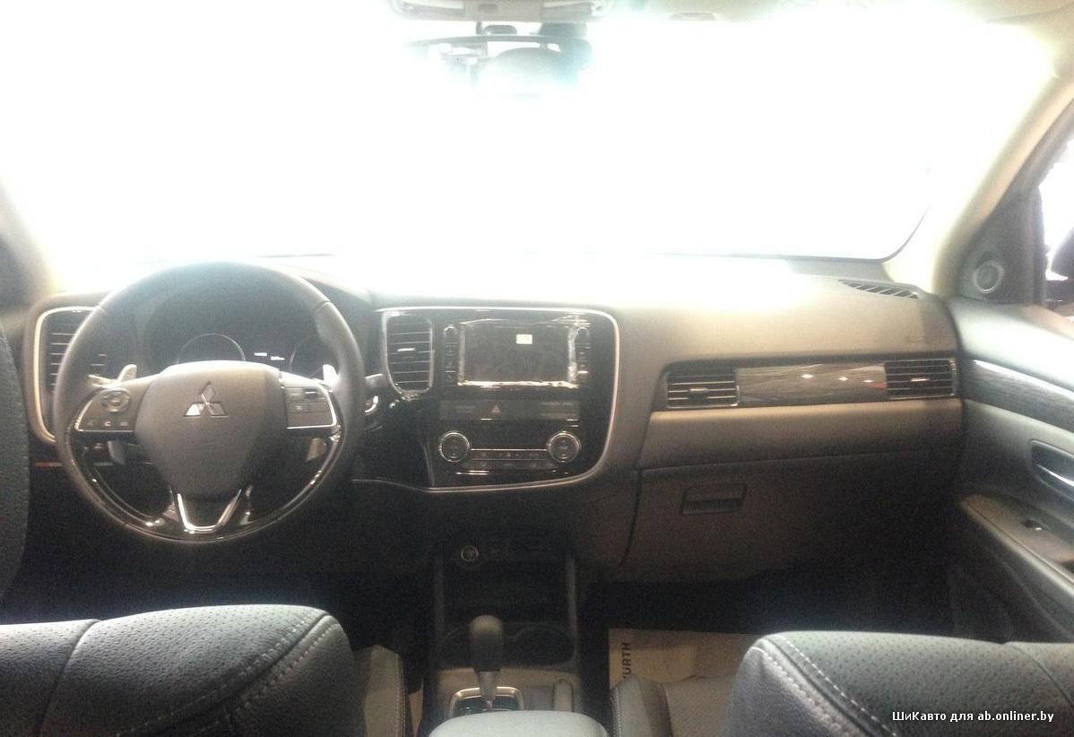 Mitsubishi Outlander III 3.0 MIVEC GT