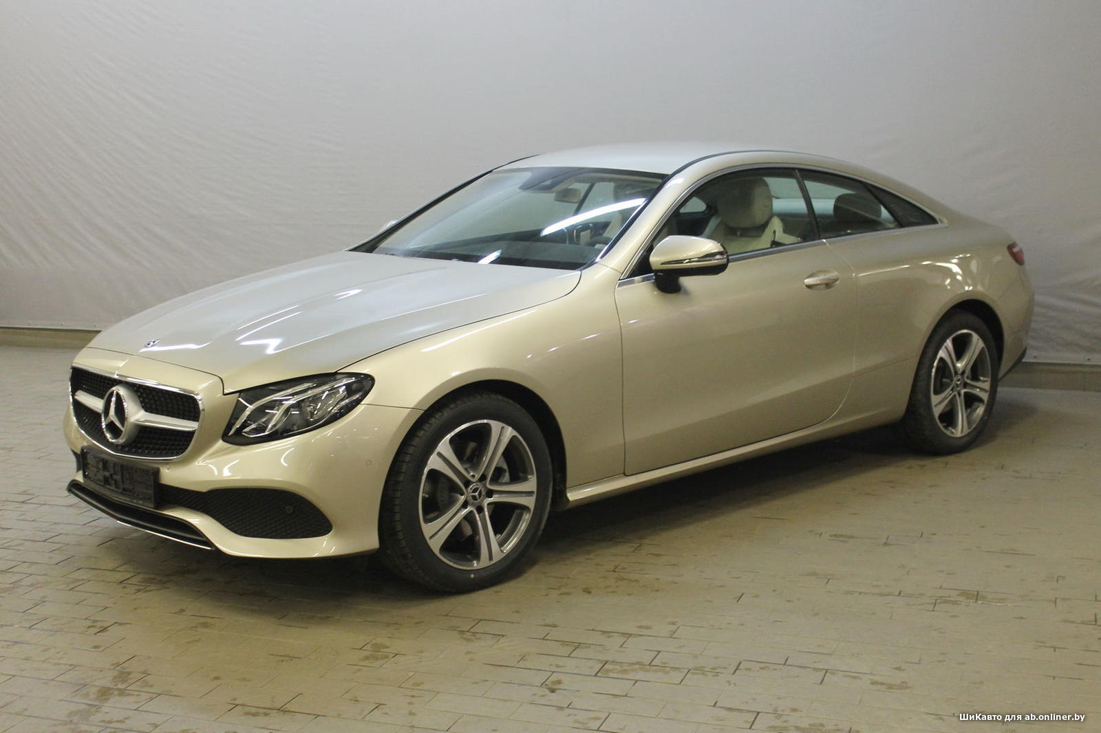 Mercedes E200 Coupe Avantgarde
