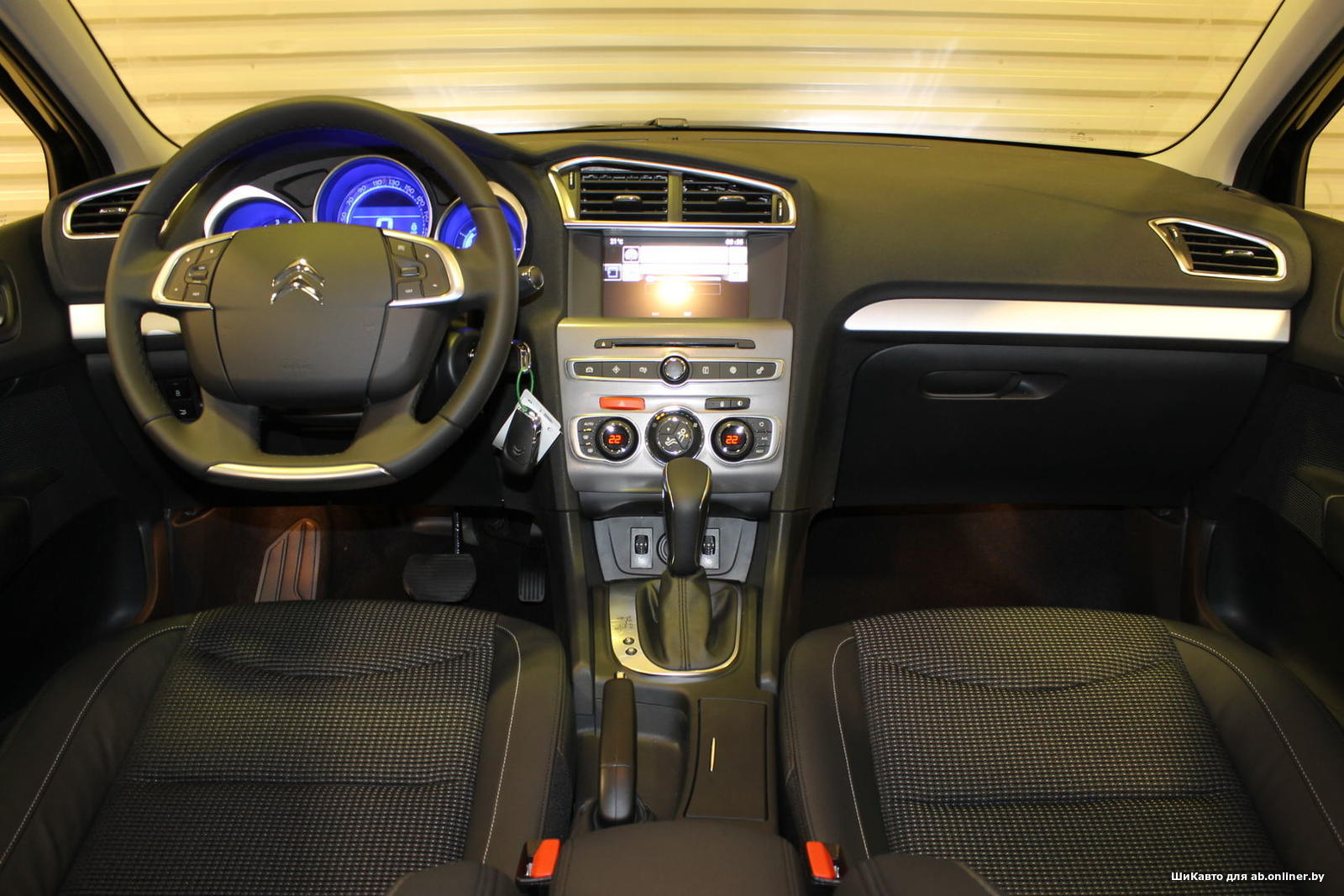 Citroen C4 1.6 AT SHINE