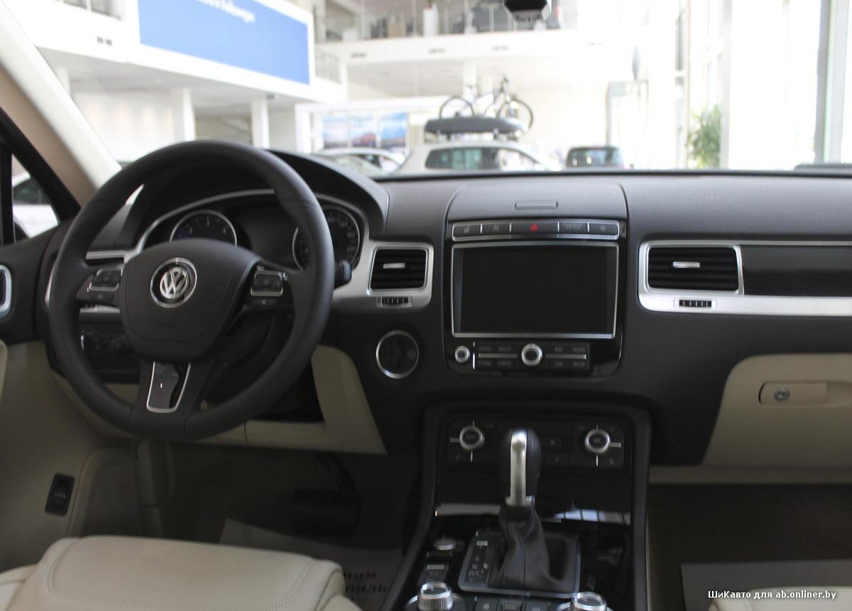 Volkswagen Touareg R-Line V6 3.6 4MOTION