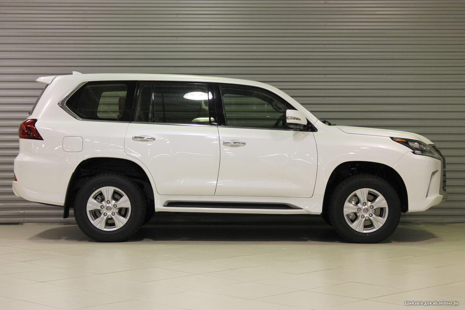 Lexus LX 450d Executive 2