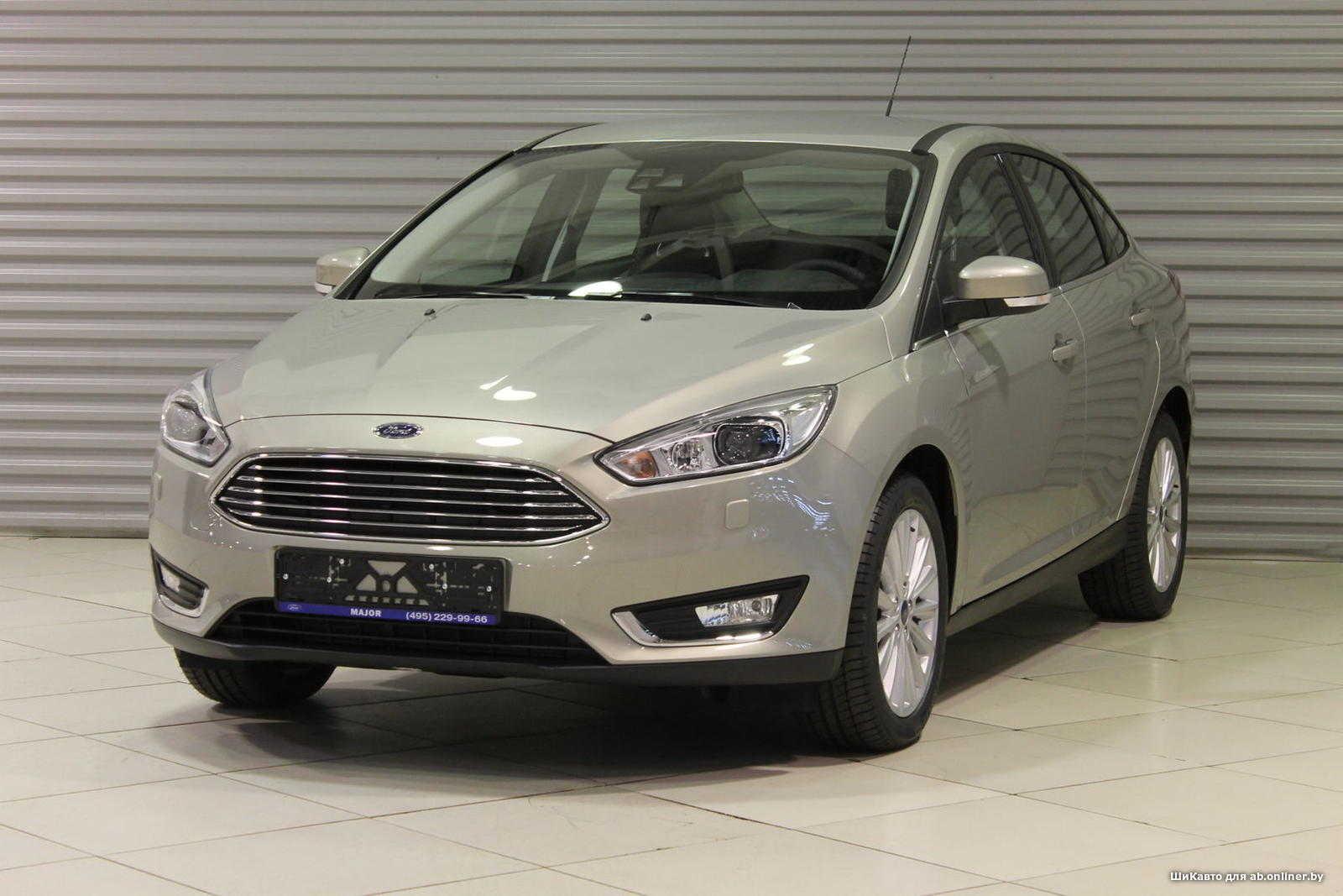 Ford Focus TITANIUM SEDAN MT