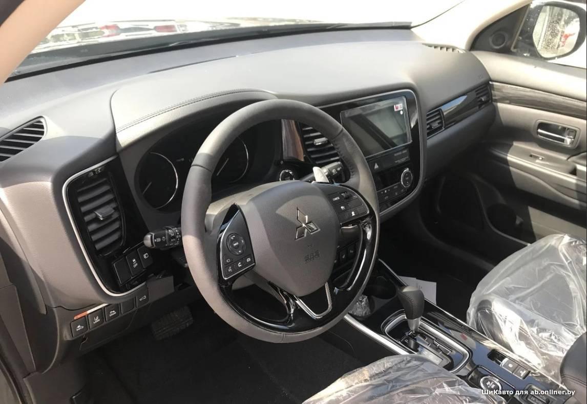 Mitsubishi Outlander III Instyle 2.4 4WD