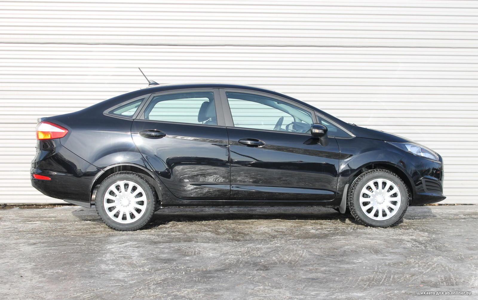 Ford Fiesta TREND MT SEDAN