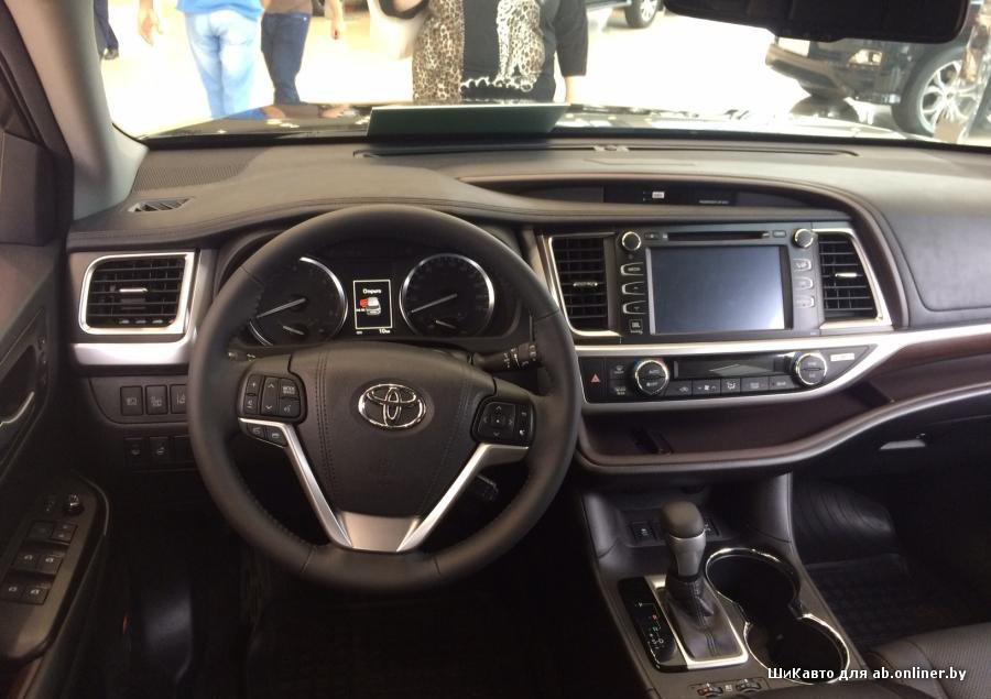 Toyota Highlander III Элеганс 2.7 2WD