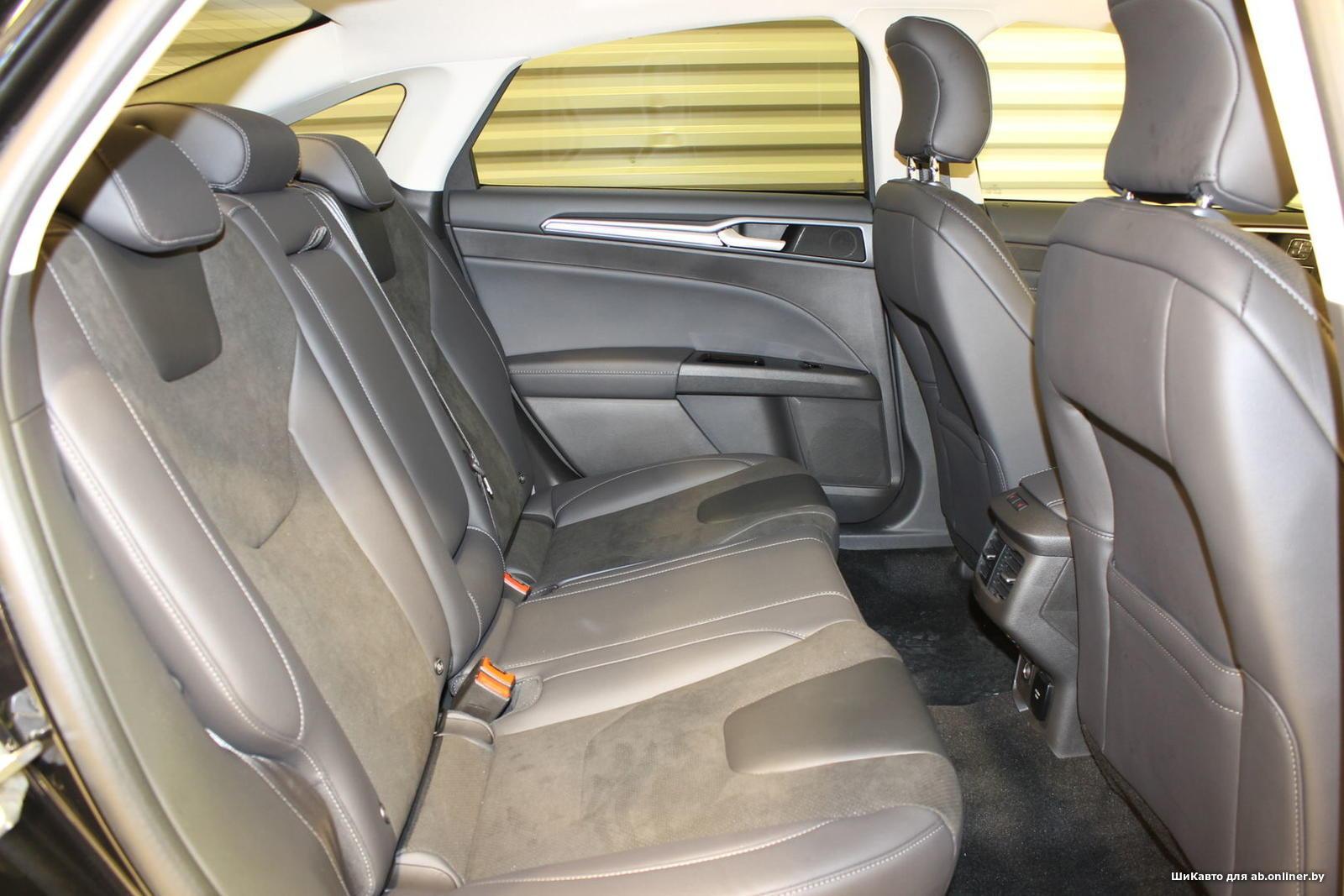 Ford Mondeo 2.0EcoBoost TITANIUM