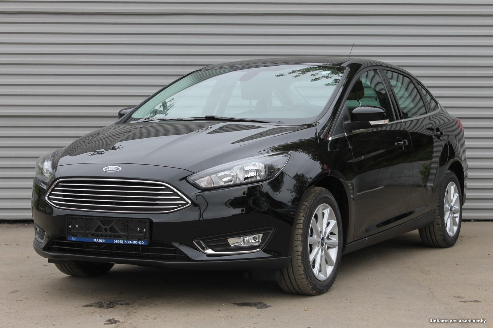 Ford Focus TITANIUM SEDAN AT