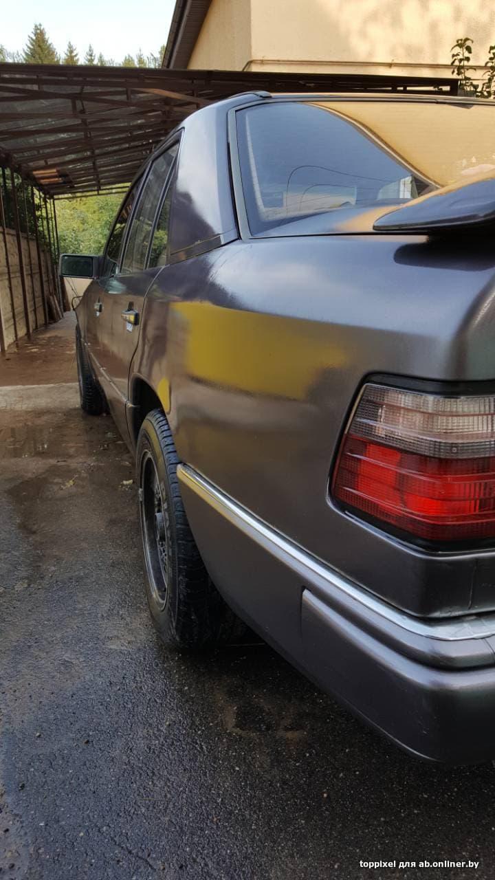 Mercedes E220 W124
