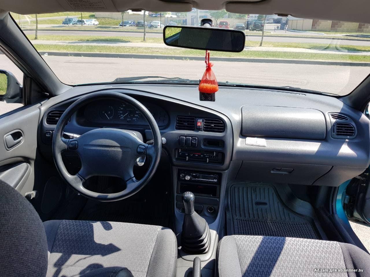 Mazda 323 S