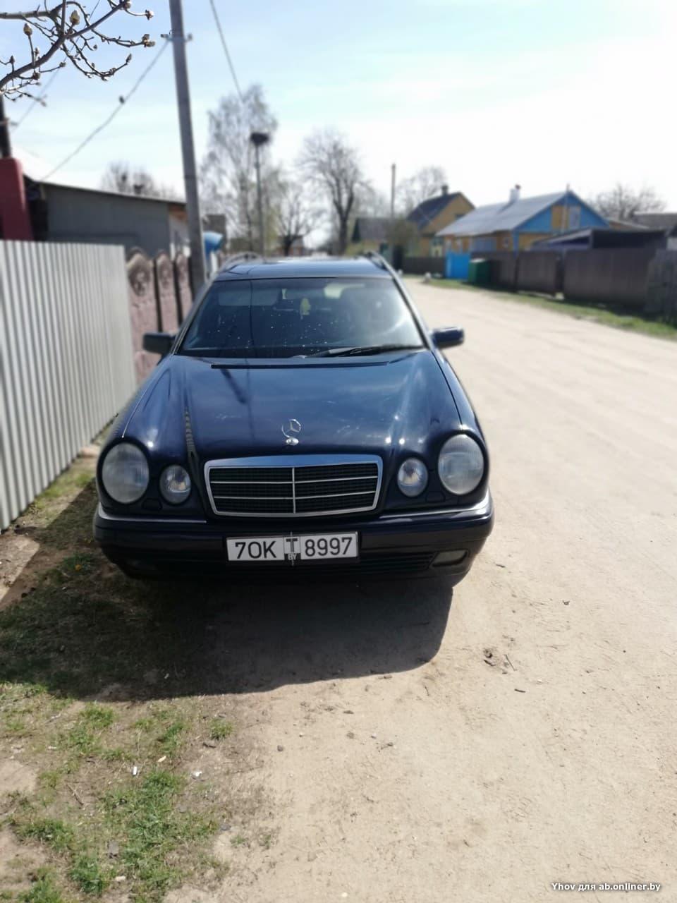 Mercedes-Benz E240 w210