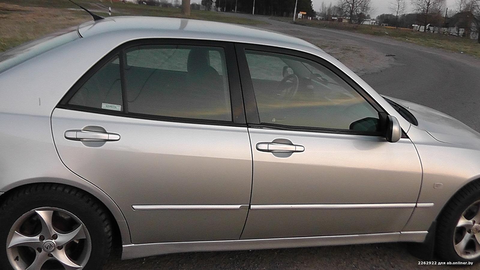 Lexus IS 200