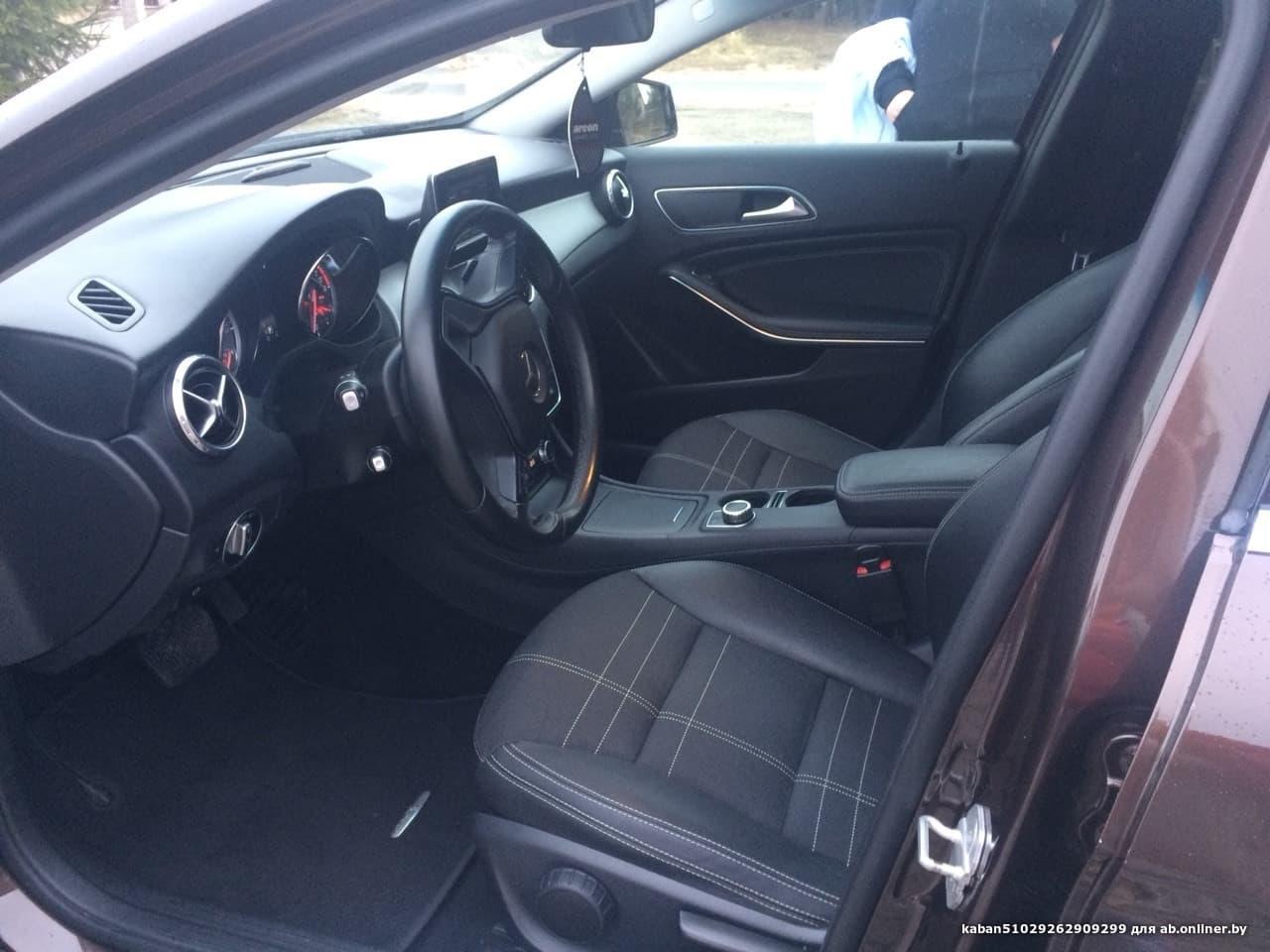 Mercedes-Benz GLA200