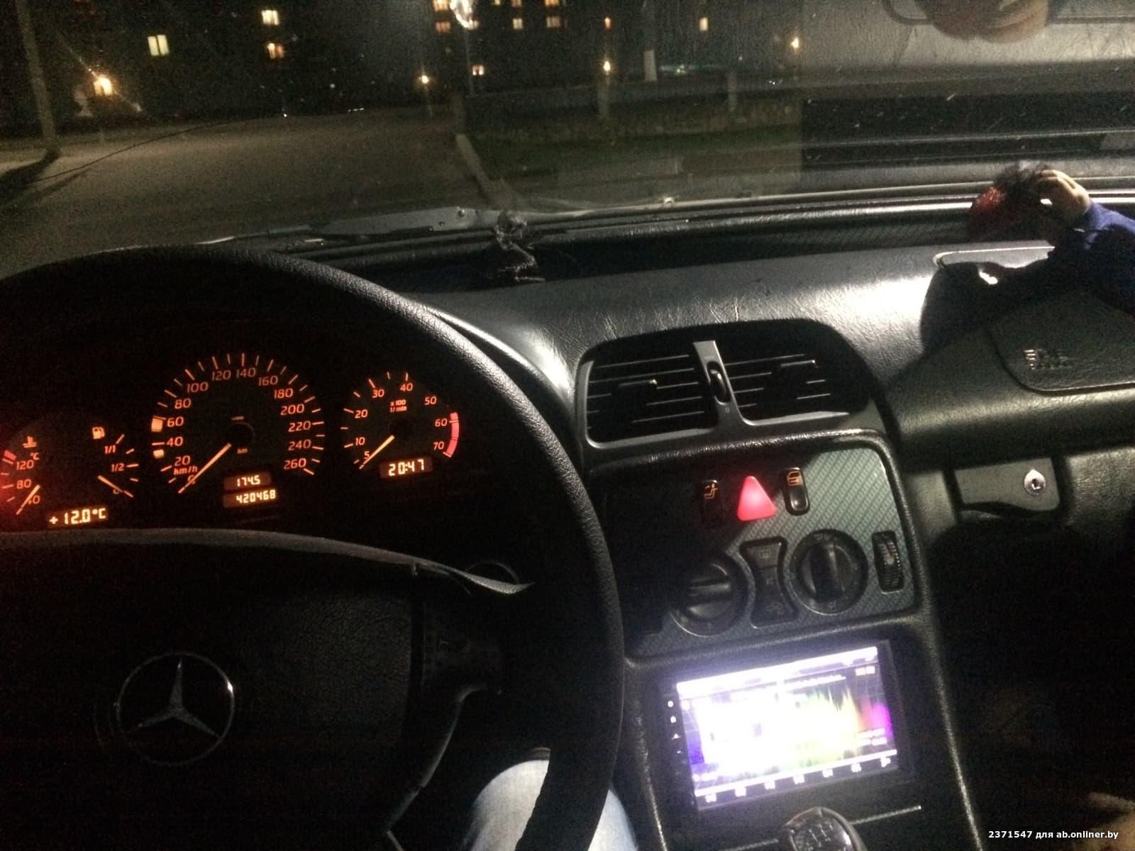 Mercedes-Benz CLK200 W208