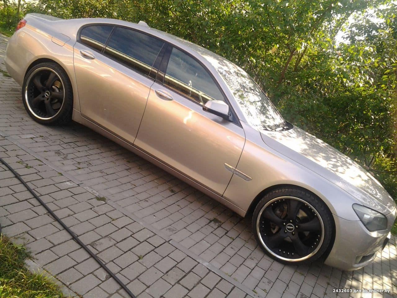 BMW 730 F-01 nemec