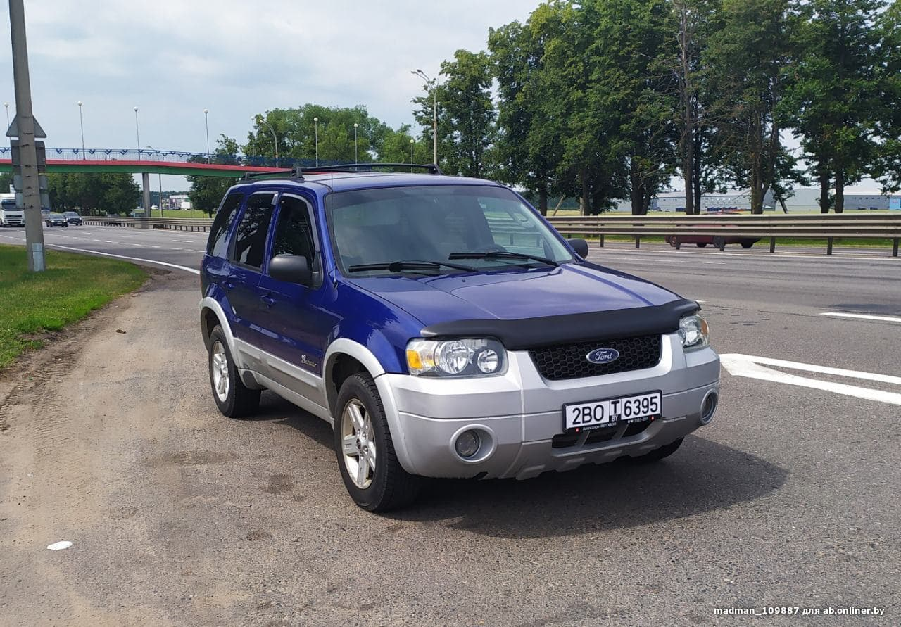 Ford Escape Гибрид