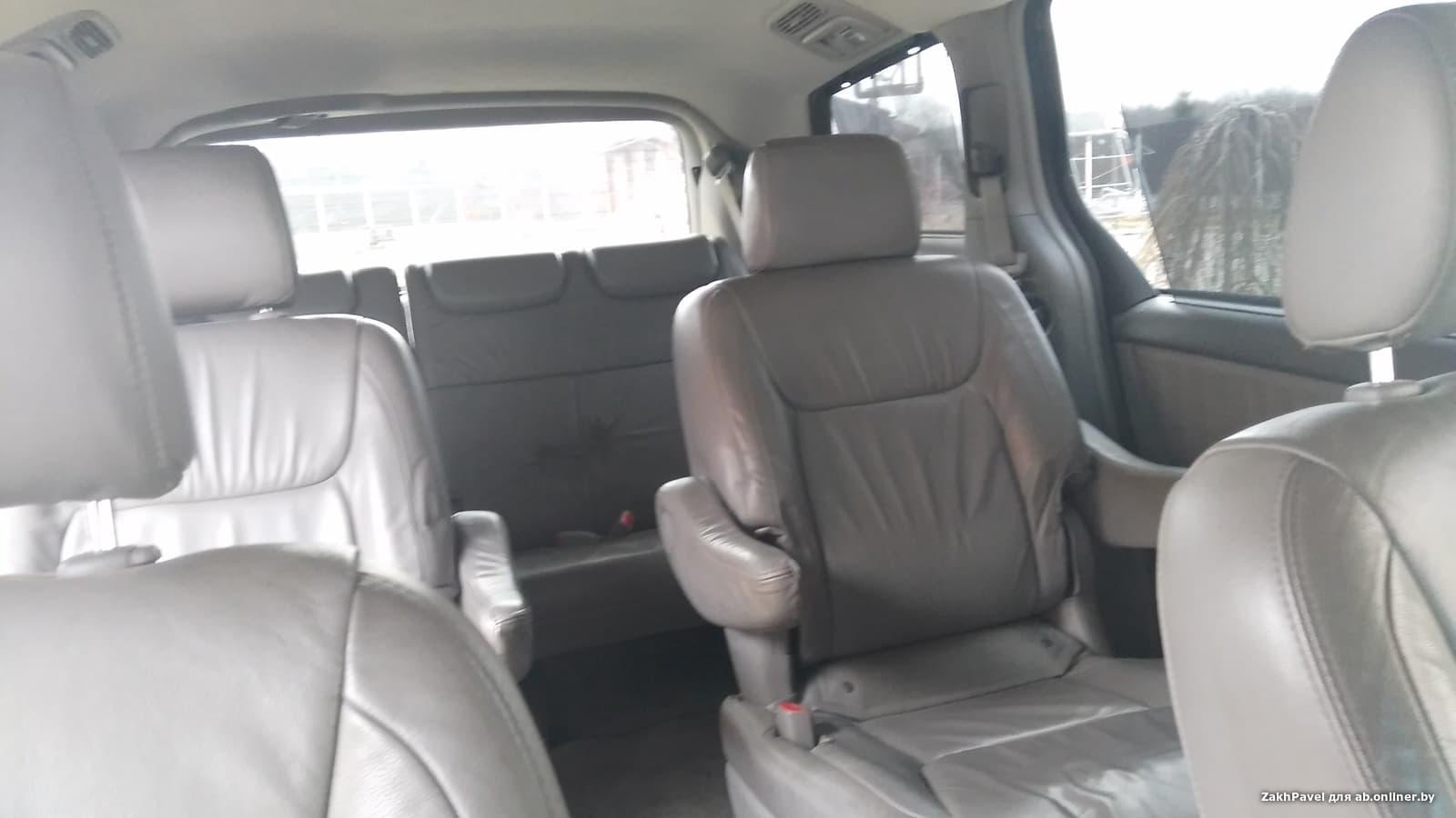 Toyota Sienna XLE AWD рестайлинг (