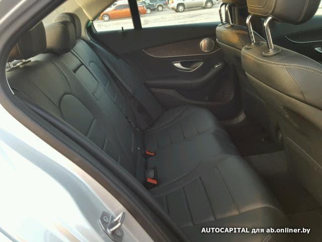 Mercedes-Benz C300 Burmester Audio