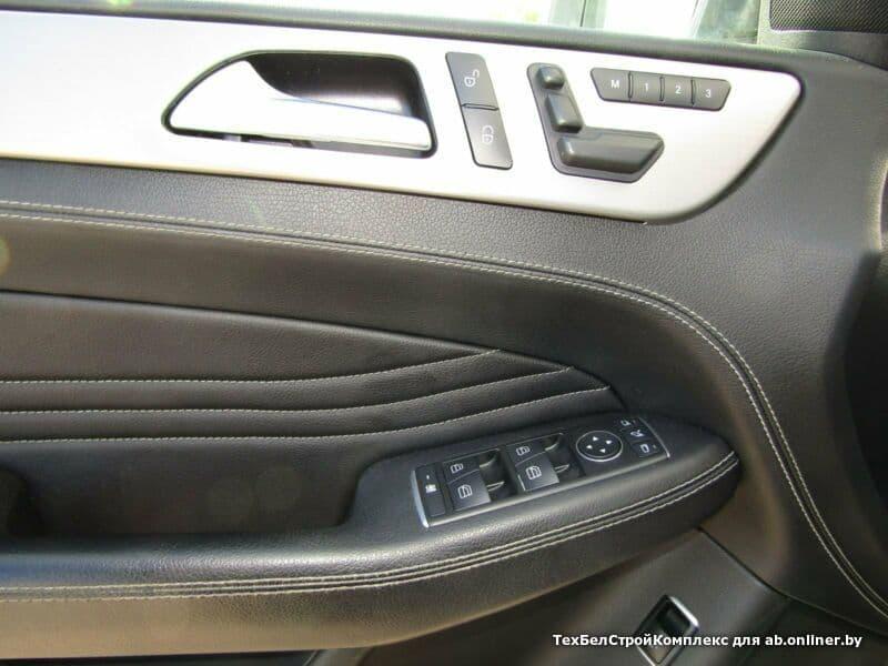 Mercedes-Benz ML350 CDI - панорама