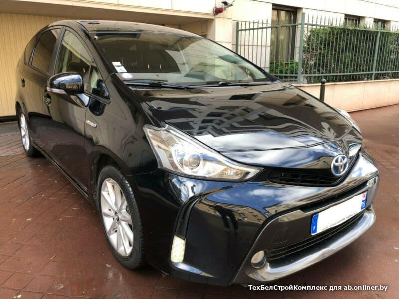 Toyota Prius + SKYVIEW BUSINESS