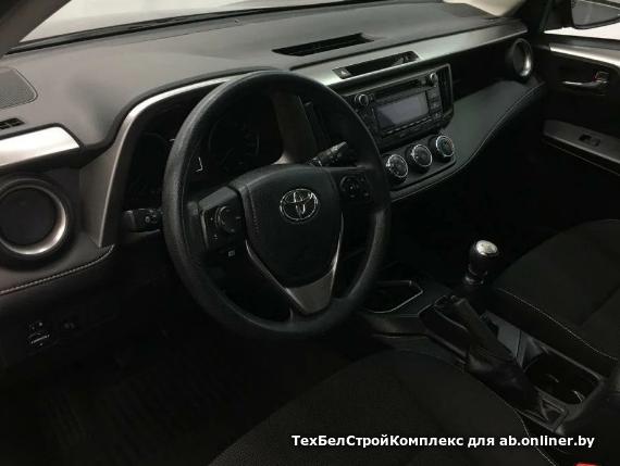 Toyota RAV4 2.0 л / 146 л.с.
