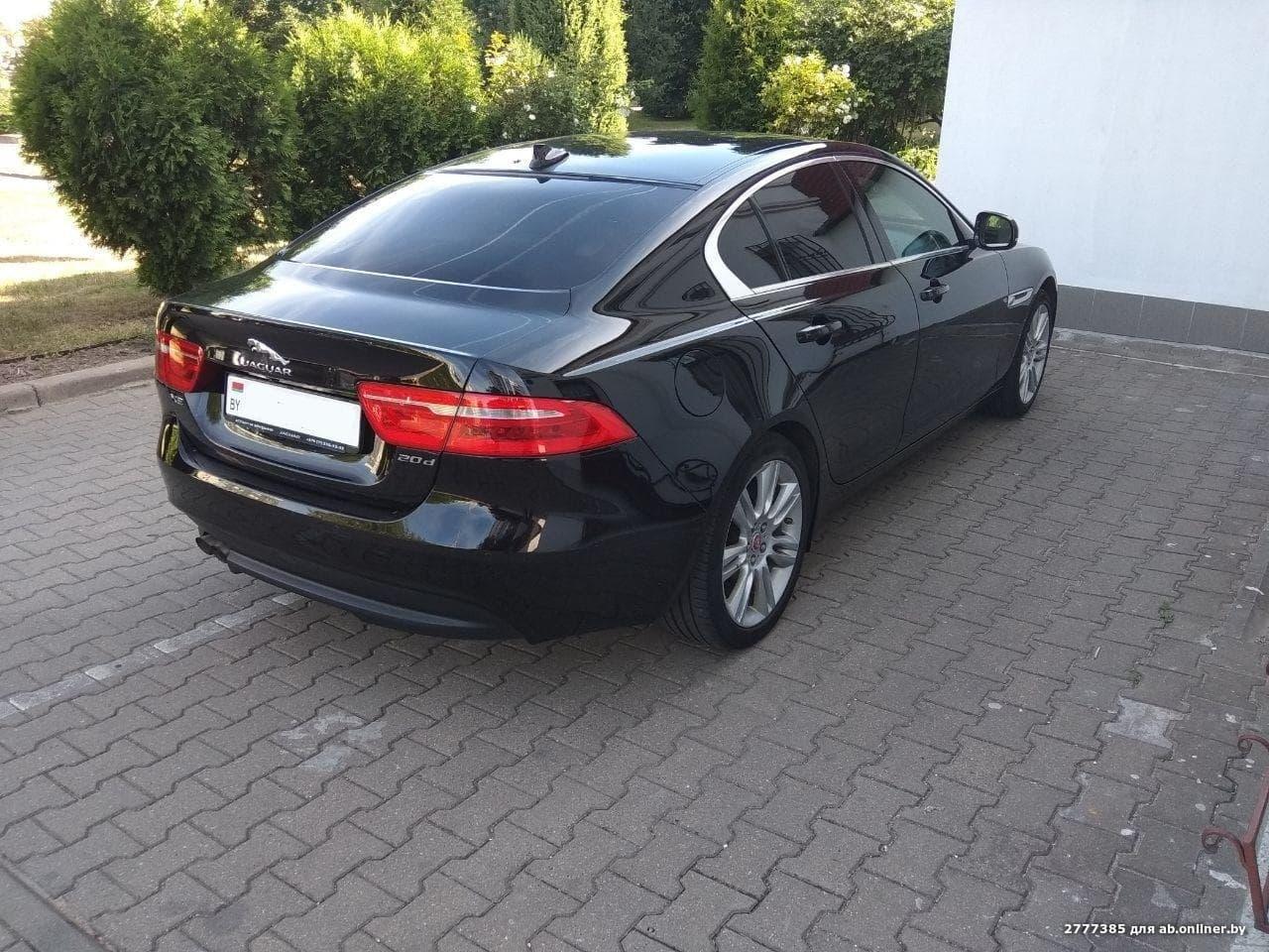 Jaguar XE I-поколение