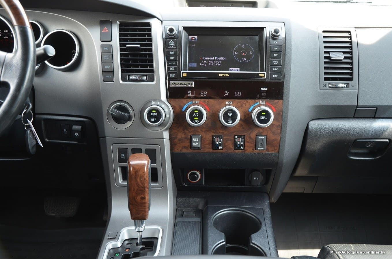Toyota Tundra II V8 5.7i-Force Platinum