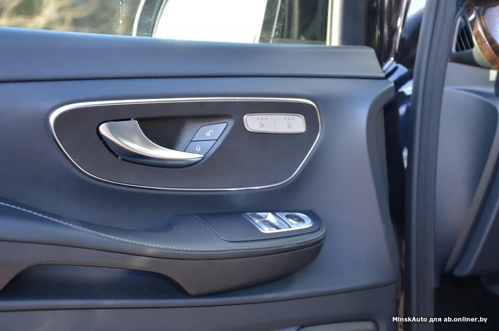 Mercedes-Benz V220 W447 250CDi