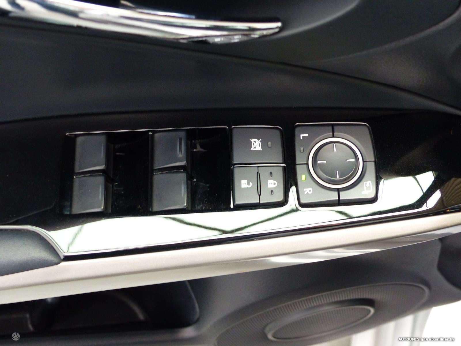 Lexus IS 300H 2.5 I