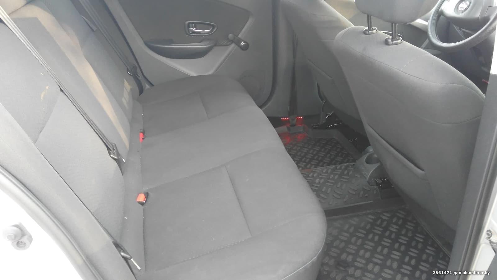 Nissan Almera G15