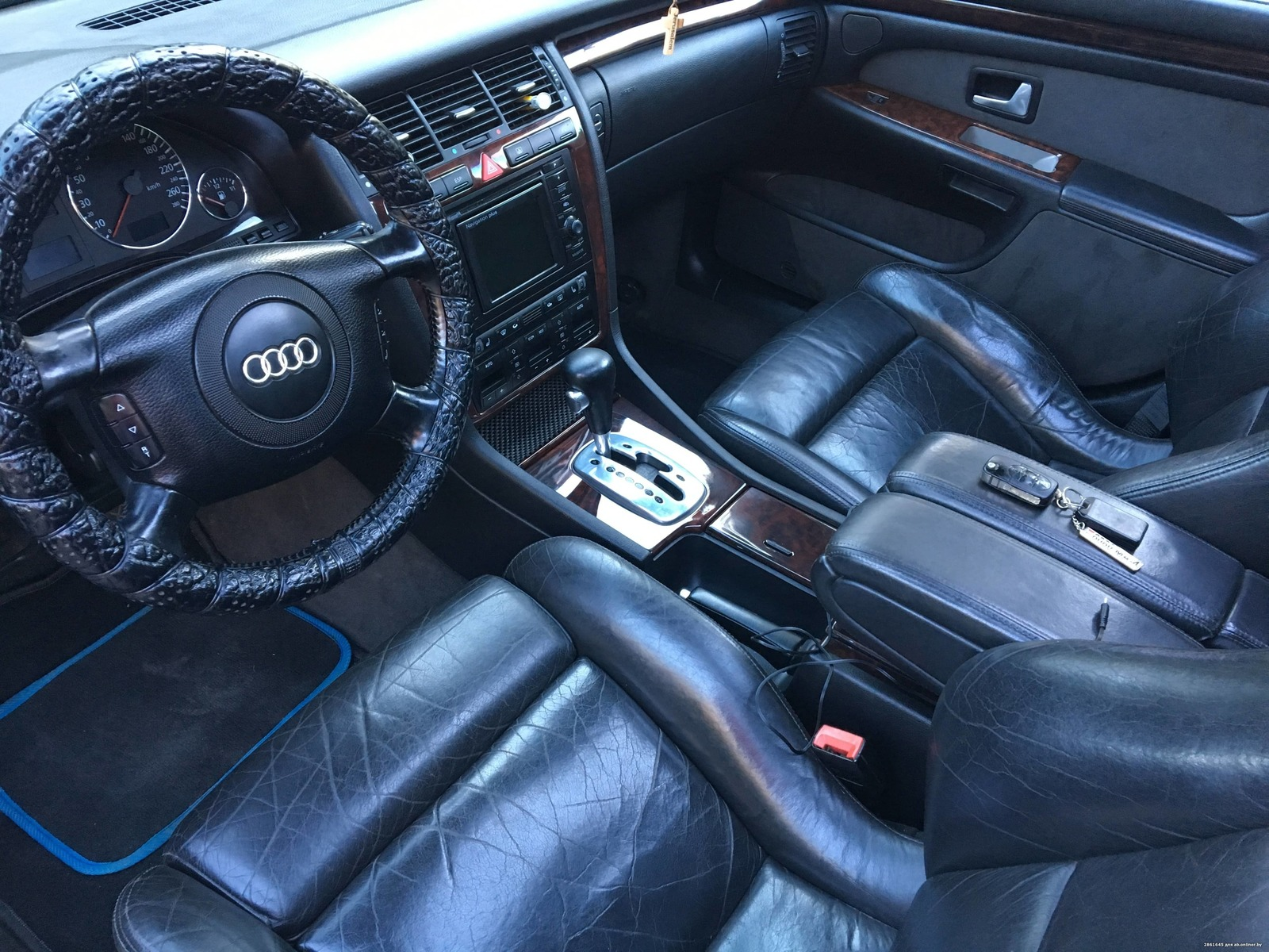 Audi A8 Кватро