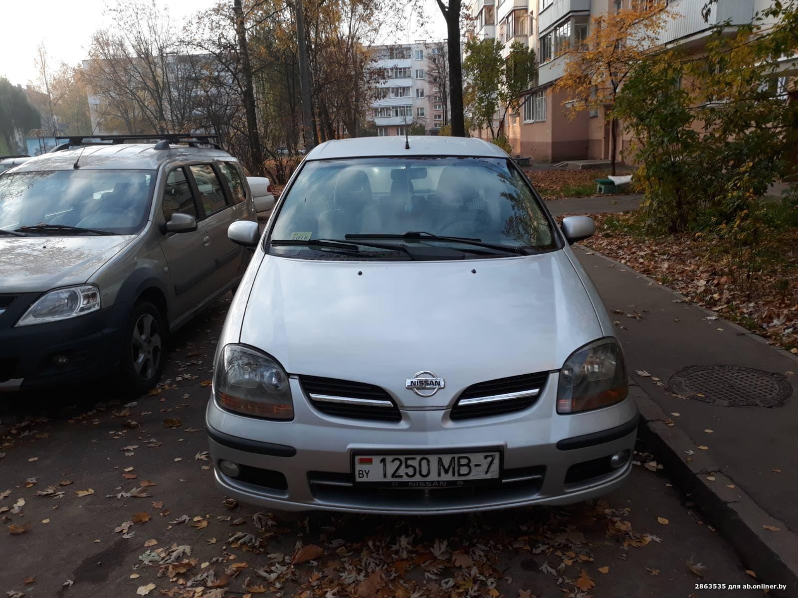 Nissan Almera Tino