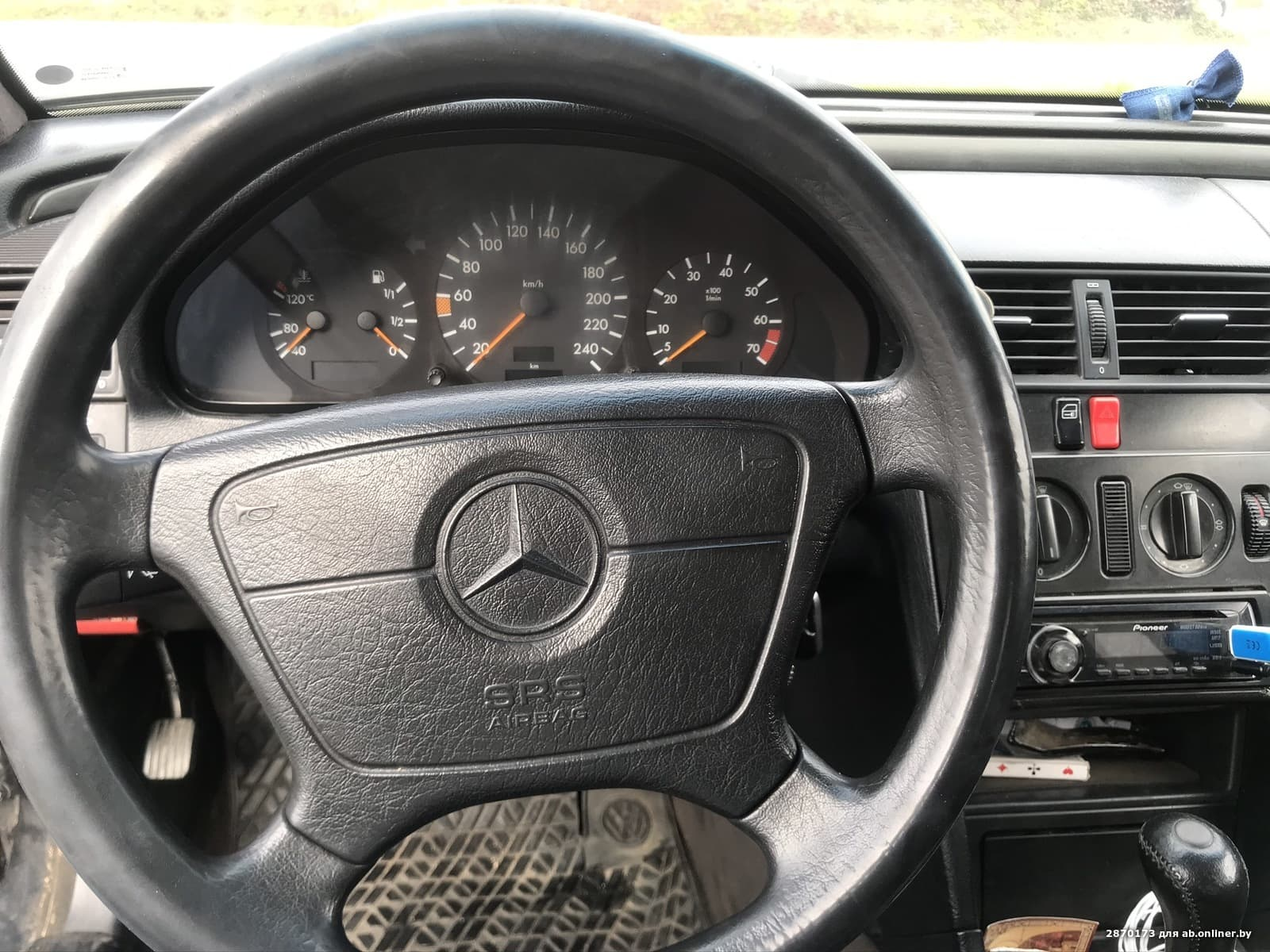Mercedes-Benz C180 W202