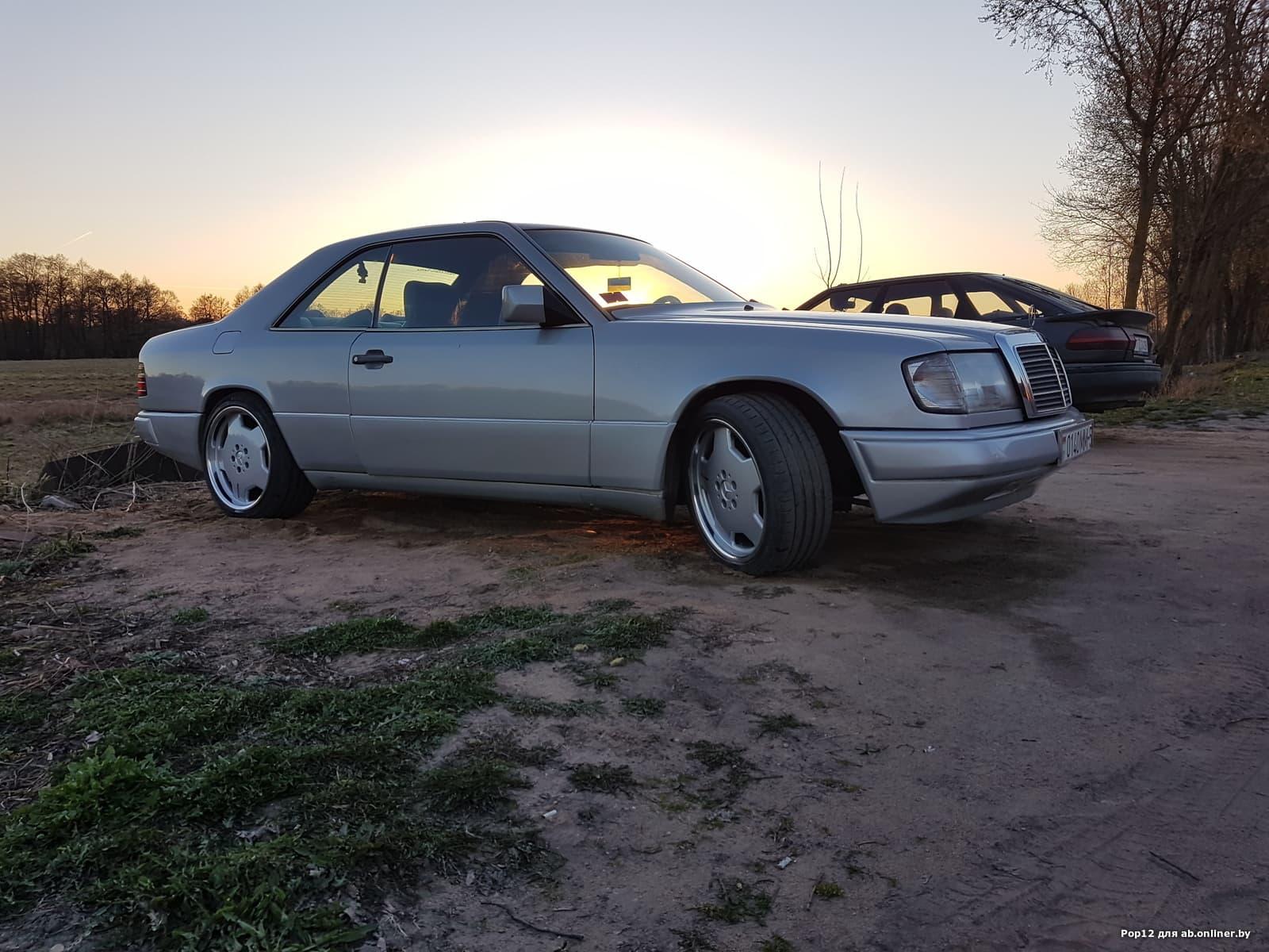 Mercedes-Benz E300 300СЕ